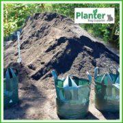 Woven-bag-Dirt-pile